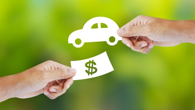 月薪3萬想養一台車,小資女艾蜜莉:費用不要超過年收入●●%