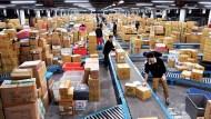 包裹塞爆超商...兩大電商股網家、富邦媒能不能買,看營收不準,「這個數字」最關鍵