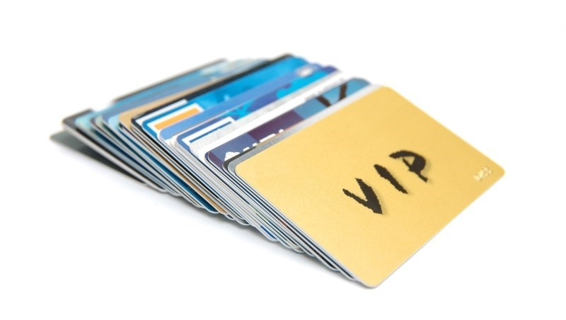 最高5%現金回饋!11張2018年最推「現金回饋卡」:這張「小資神卡」,最適合每月刷不到5千的你