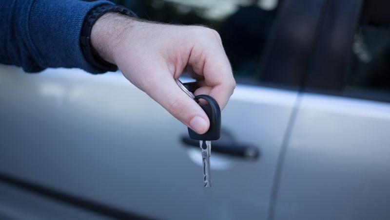 爸媽開你的車出車禍,保險不賠!不可不知的駕駛人傷害險,投保一定要填這張單子