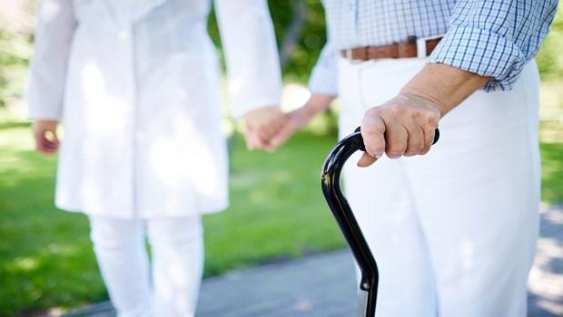 用殘扶險打底、長照險強化,不怕長期照顧拖累未來生活