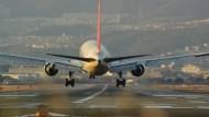 出國玩最怕班機延誤、停飛...做好5件事,「旅程損失」全由保險公司買單