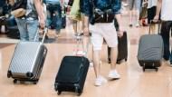 楊丞琳掉行李怨航空公司》4張圖看: