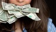 一年喝掉「36K月薪」!她從手搖飲學到的震撼教育:買年賺5%的ETF,提早財富自由