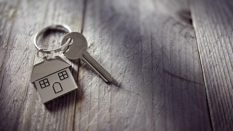 房仲心底打定賣不掉的房子...最後竟讓屋主多賺200萬!鄰居大媽為省「仲介費」付出的代價