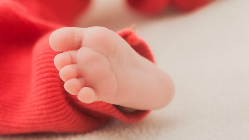 新生兒投保的2個最佳時機:為何小孩一出生最好別急著做「自費檢查」?