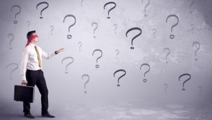 投資迷思:想積極就要買「主動型基金」?事實是...就算賺錢你也分不到羹