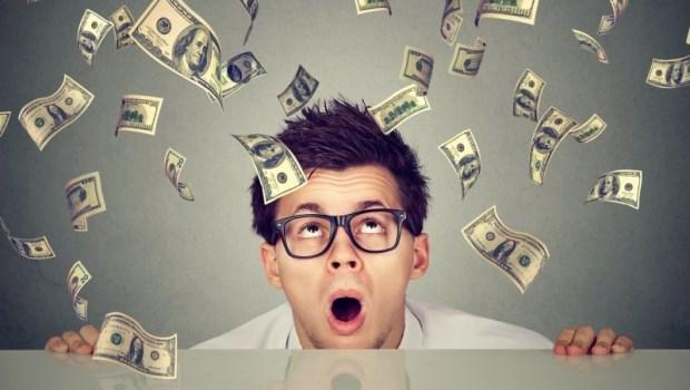 一手買保險、一手卻簽樂透?一場測試告訴你:這種人,注定難賺錢