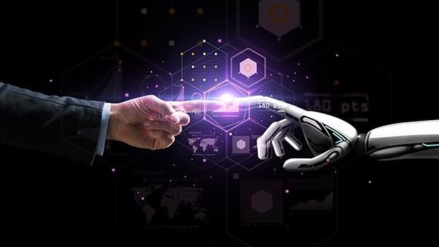 不讓歐美專美於前 元大投信ETF AI智能投資平台啟動!