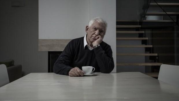 小孩還沒畢業,卻因工作累想提早退休?存款只有500萬,你得先「這麼做」