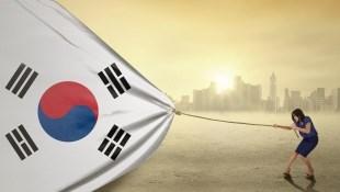 韓國工作都月入10萬台幣?別傻了...「名校畢業即失業、蝸居考公務員