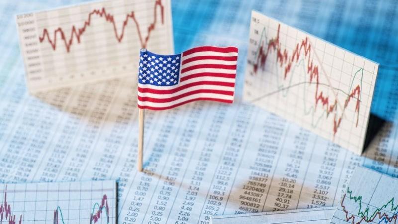 屹立不搖,標普前10檔高價股在這!景氣指標看股票,明年多或空,就看升息與否