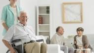 擔心老後醫療空窗,該怎麼活得老、活得好?
