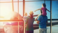 旅遊免費多一層保障!買大眾交通票券刷卡送旅平險,哪家銀行理賠金額最高?