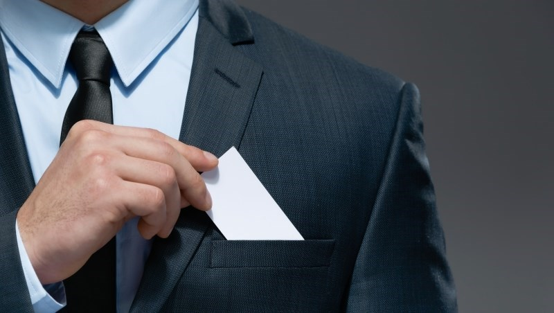 別人總準時下班,你卻工作做不完?超級業務工作心法:「先判斷是否值得拜訪第二次」