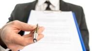 多次拜訪終要簽約,客戶卻臨時變卦.