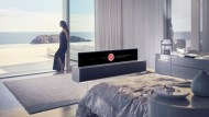 劃時代!LG推全球首款可捲起收納的OLED TV 今年開賣