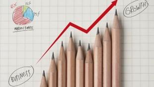 夏普發表機器人手機RoBoHoN新機、有廉價版;股價飆11%