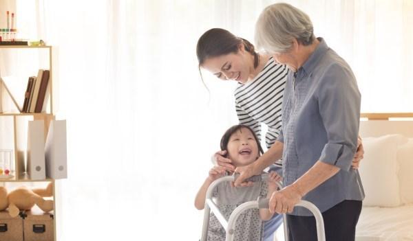 友邦人壽滿扶保利率變動型終身保險,扶好扶滿幸福有保
