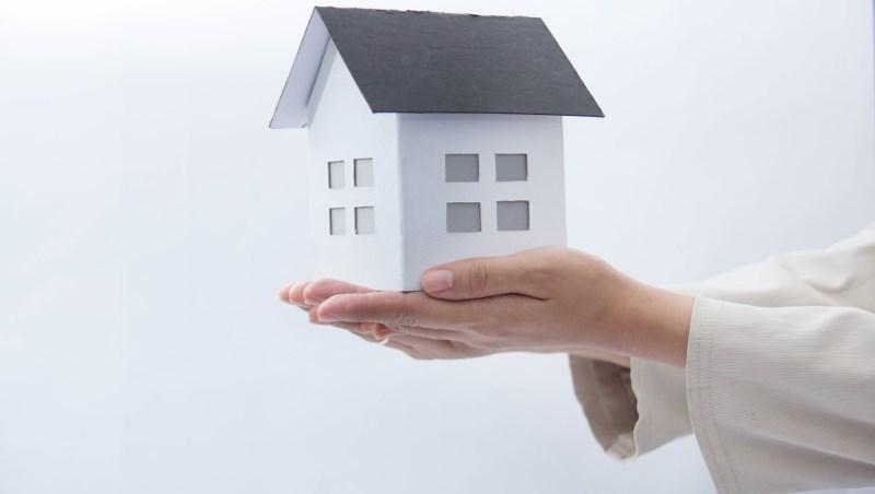 退休族、熟齡族的最大的疑問「該幫子女買房嗎?」買與不買都難,專業律師這樣說...