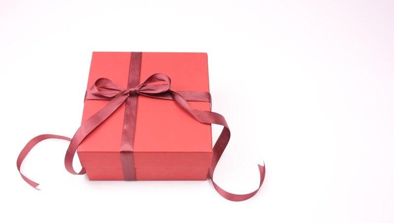 還在煩惱送母親節禮物?8年前送這個,現在賺56萬元!報酬率70%