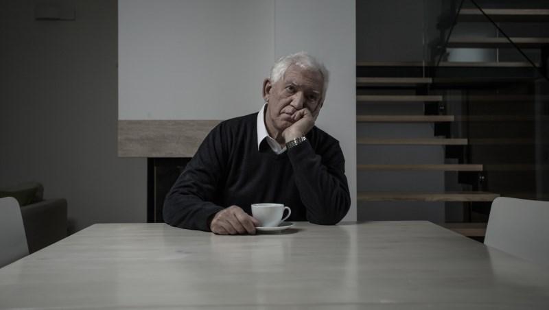 台灣至少有40萬老人獨居,就連大學教授也不例外…洪雪珍:要獨立老,不要孤獨老