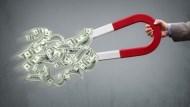 美元指數摜破半年線!美薪資疲、市場估年底前降4次息