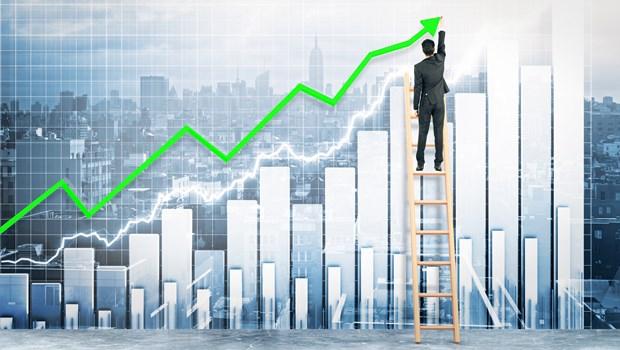 與客戶關係密、就能抓緊客戶的心…這檔超強美股年初至今漲85%,想布局有「2策略」