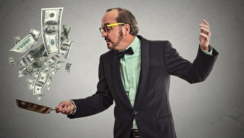 經商打聽到各路消息跟炒股票,最賺才80萬,一賠卻賠240萬…學學富人買股,才不會窮忙