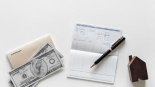 投資入門看這篇,每月薪水這樣配就好:10%買保費,60%消費,剩30