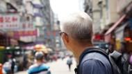香港政局動盪使買方觀望,房市交易量