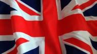 英無協議脫歐代價高 債務增加300