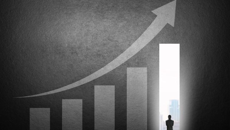 25.6%民眾看好台股將突破「萬一」 半年來期望值增加20個百分點
