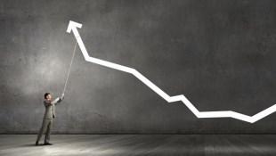 如果台股重挫,趁機找飆股?實測:近5年台股重挫,當天飆股後來怎麼了…