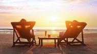 退休規畫要趁早》25歲開始月存1萬,65歲有近1200萬退休金!