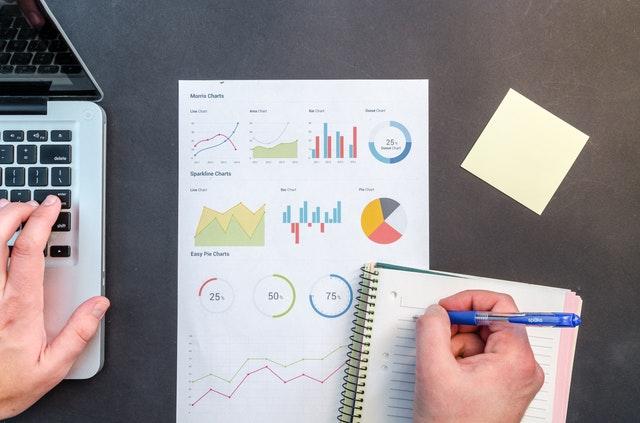 內文免費表格》新年從設定理財目標開始!只用1張表,收支、儲蓄清單一覽無遺!