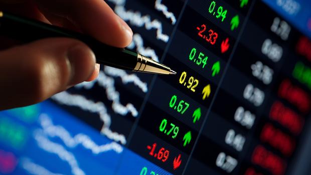 台股今年一路漲,明年還能投資哪類股?股市大咖點名這4大產業