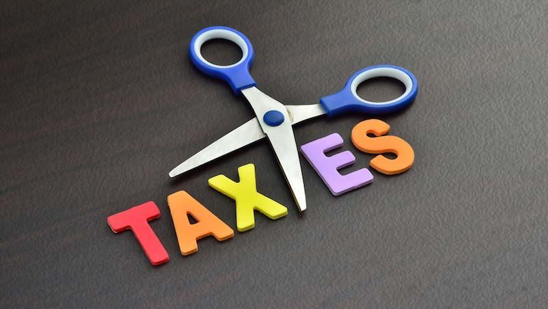 報稅季節來臨,別多繳稅了!專家:這4種保險費民眾很容易忘記扣除