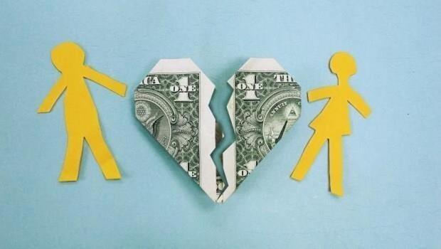 離婚可以向對方要財產的一半嗎?律師:2種財產不能分配!