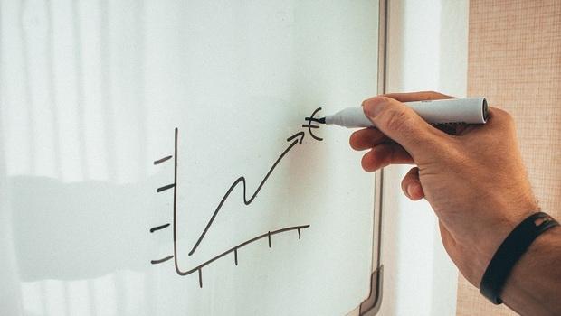 危機=贏家入市時機!10檔「融資減、法人買」的籌碼安定股一次掌握!