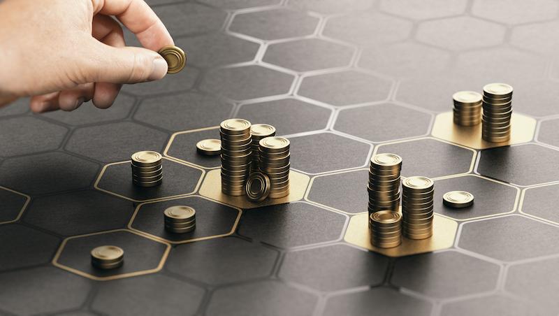 看到金融股漲了就想追?600張兆豐金大俠:真正能賺錢的方法是「追低」的技巧