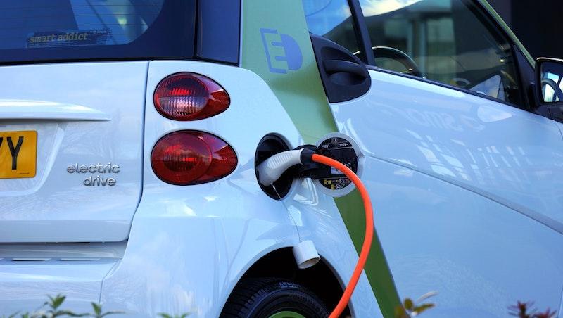 5000元就能買到台積電、群創、正新…等20檔台股!元大特選電動車N將在9月27日上市