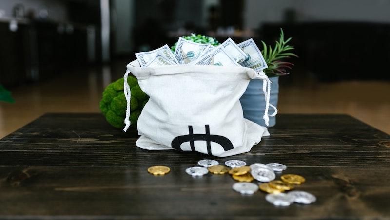 金融存股》15檔金融股7月EPS全數正成長,「這4檔」EPS年成長率逾100%