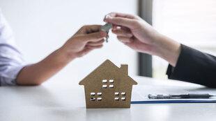 代銷、房仲、屋主,該跟誰買房子?房市達人:若想直接透過屋主交易,最好這樣做…