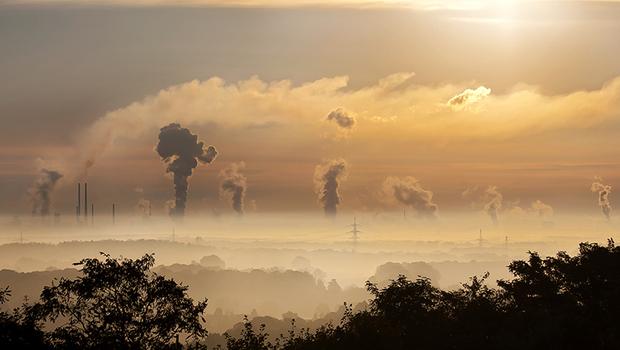 減碳除了愛環境,竟然也能賺錢?全球碳交易逾2000億美元,投資潛藏獲利無限