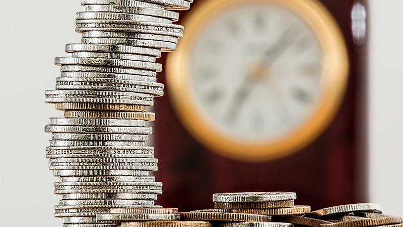 退休月領3萬養老,有多難?特別股結合股債特性、波動低,複利報酬率上看6.4%