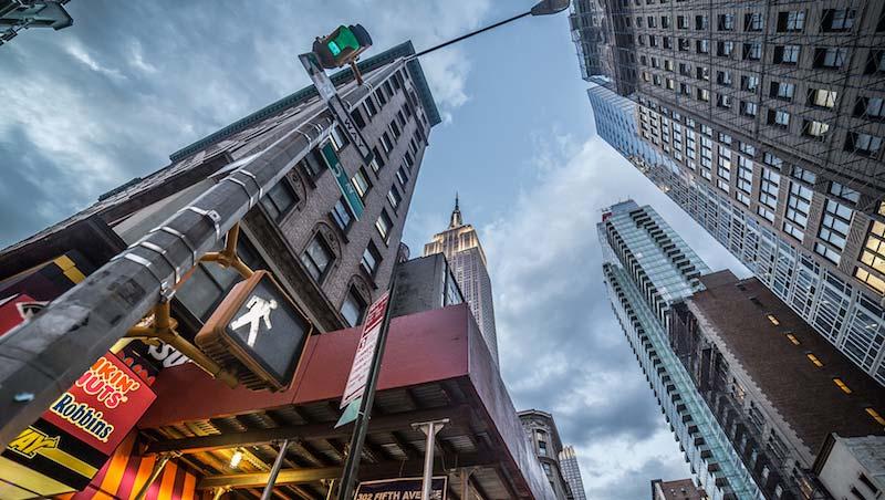 史無前例的散戶造山,美國大型成長股後市旺