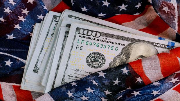 美元長期走弱,逢低布局正是好時機