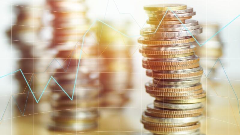 錢、錢、錢,市場最不缺的就是錢