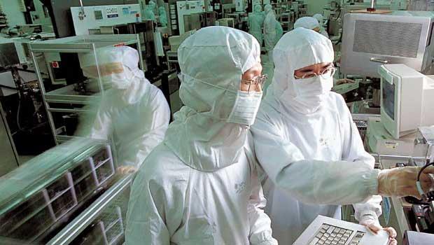 7奈米持續滿載 外資喊買台積電 目標價上調至364元